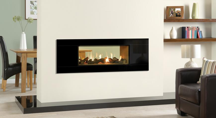 L'insert à gaz Studio 2 Duplex de Gazco avec revêtement Vermiculite et cadre Glass