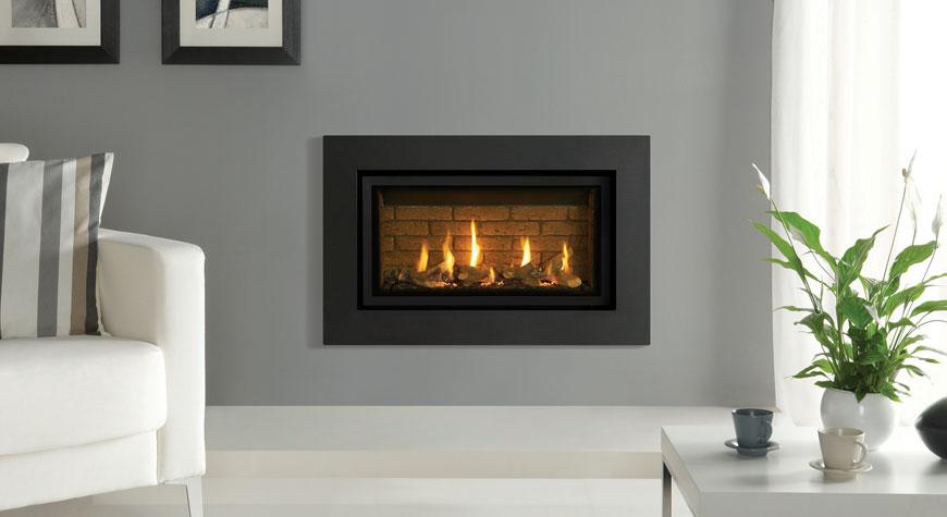 L'insert à gaz Studio 1 Slimline Expression, revêtement de foyer effet briques.