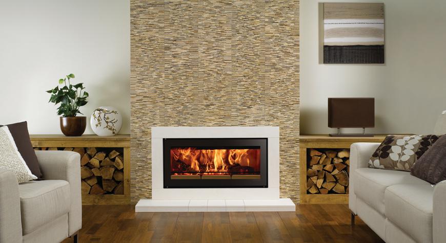 L'insert à bois Studio 2 Sorrento de Stovax en pierre calcaire naturelle.