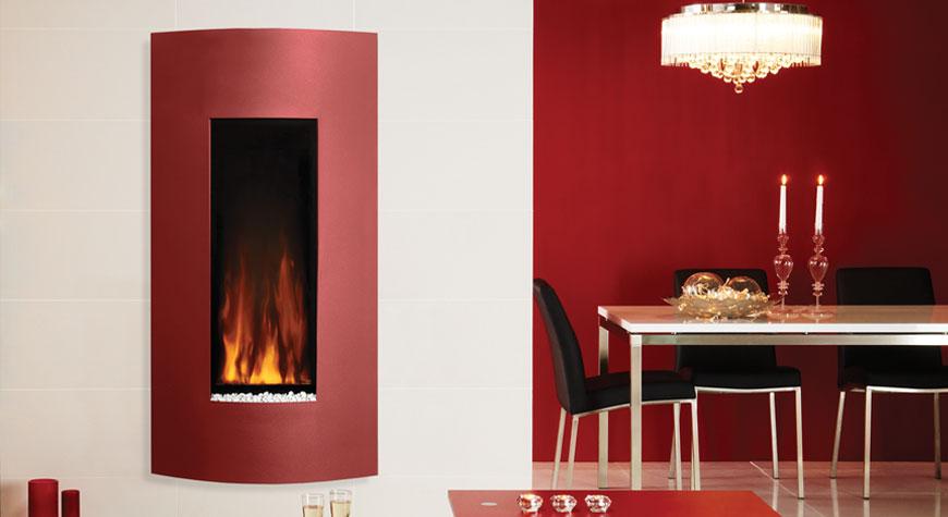 L'insert électrique Studio 22 Verve électrique de Gazco en rouge métallique.
